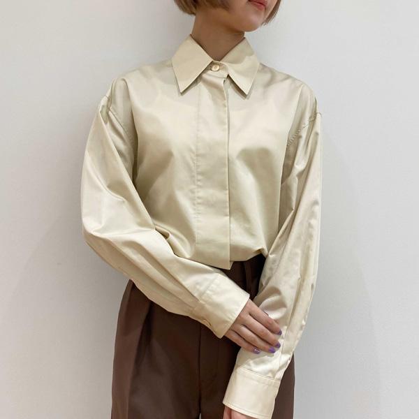 """【ユニクロレポ】""""究極のコットンシャツ""""がここに!シンプルだけど洗練されたデザインは、シーンレスで頼れる"""