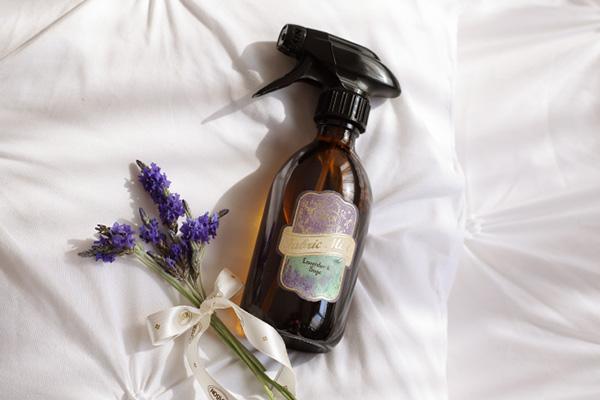 何気ない日常を至福で満たしてくれる、とっておきの香り。SABONの「ファブリックミスト」がリニューアル