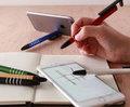 これ1本でスタイラスペン、スマホスタンド、液晶クリーナーになるボールペン登場!