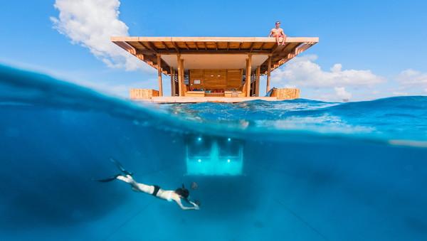 Underwater-room-12