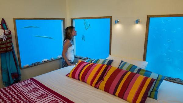 Underwater-room-6