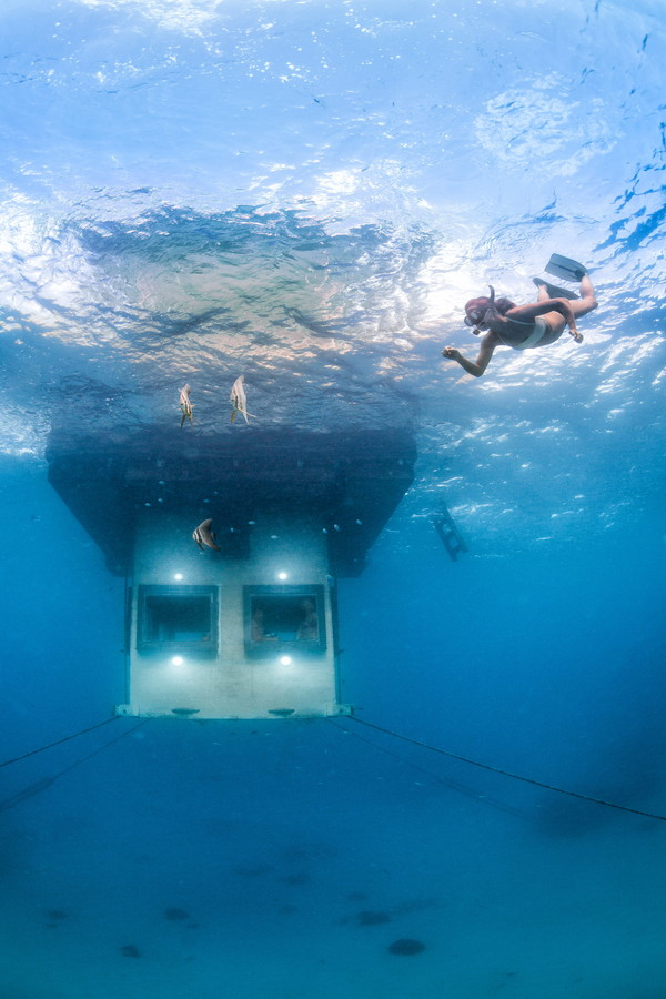 Underwater-room-9