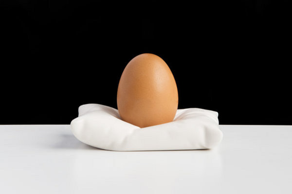 egg pillow cup