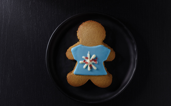 Holiday_FY17_Starbucks_Ugly_Sweater_Cookie_3