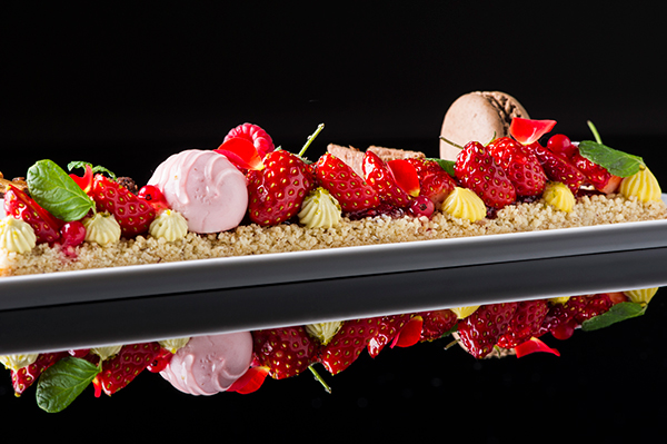 1612_lg_strawberry_chocolet_plate_detail3