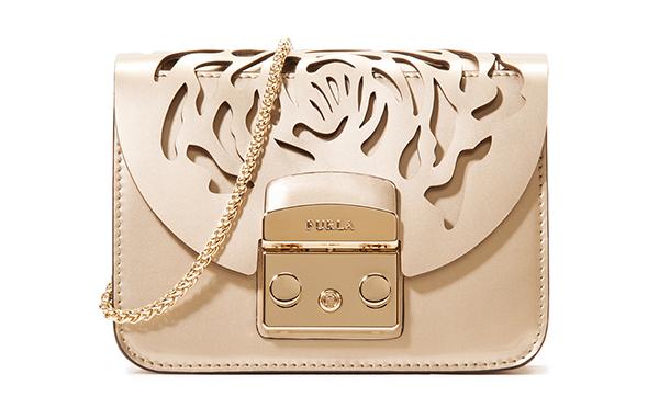 d097ece4de7c シンプルで上品なデザインで人気のイタリアブランド「FURLA(フルラ)」。 今年創業90周年 ...